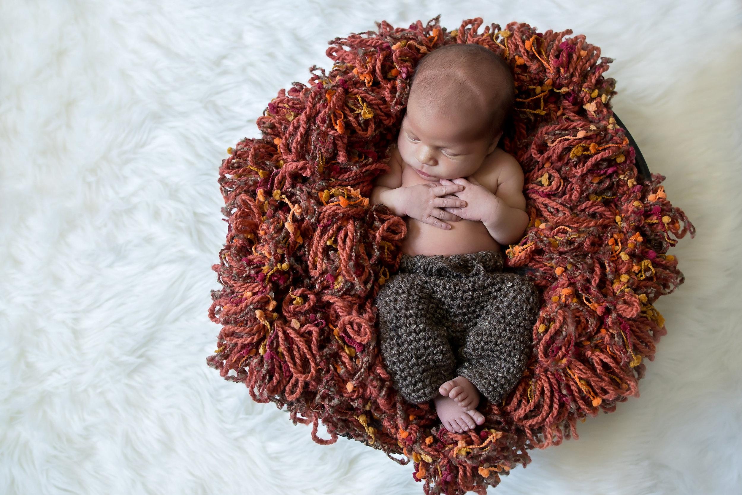 New London newborn photographer