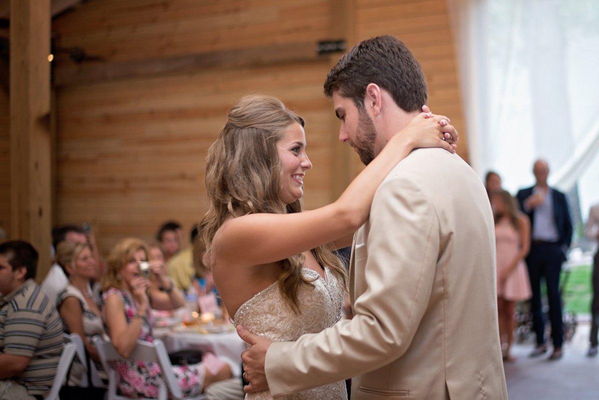 Rustic Barn wedding in Connecticut