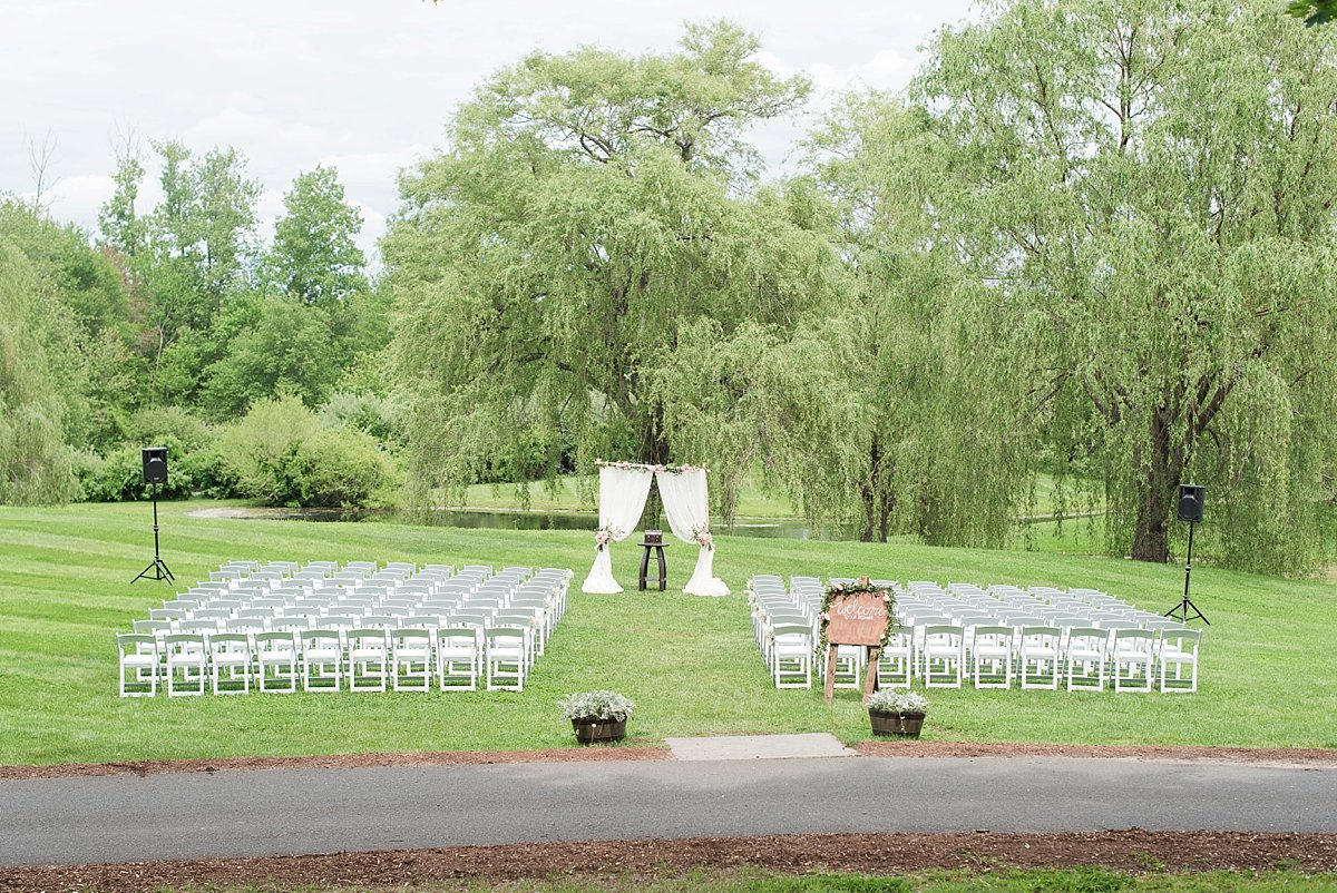 The barns at Wesleyan Hills ceremony