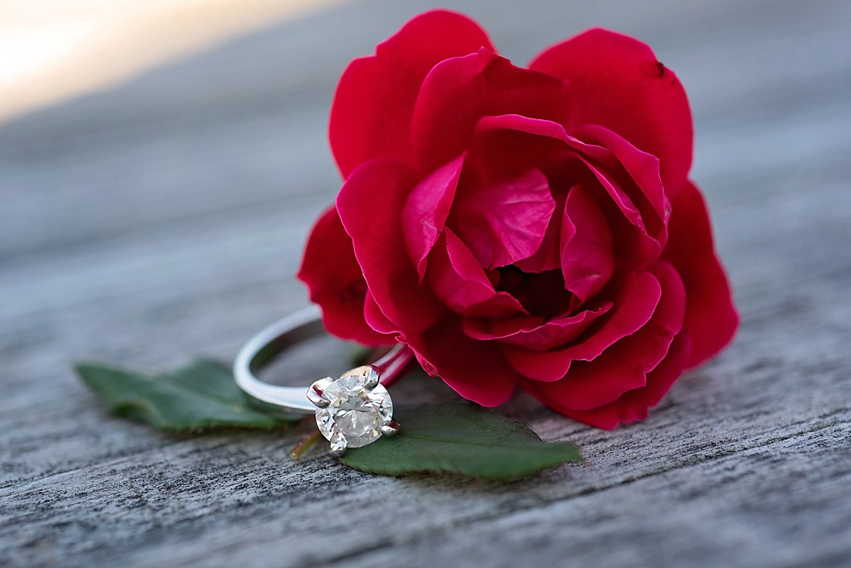 Engagement ring with a flower