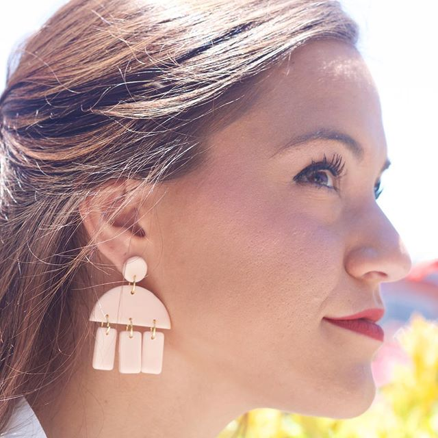 We love these locally made clay earrings by @hookedearringcompany ❤️
