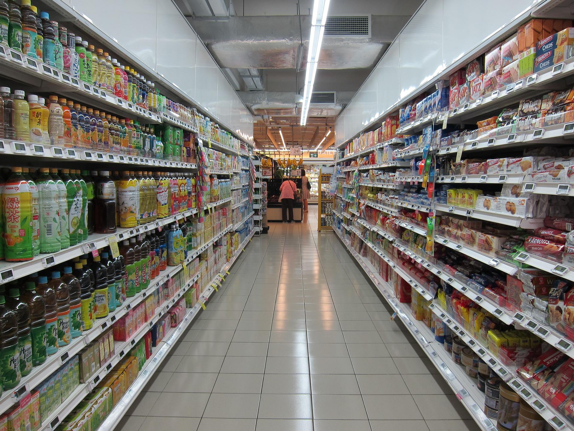 grocery-store-2619380_1920.jpg