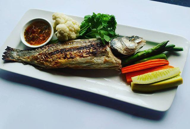 Pla Pao !! Banana leaf wrapped wild caught fish 🐟 #soi4oakland#soi4#rockridge#oaklandfood#foodie#foodoftheday#foodporn#eatinghealthy#thaifood#thairestaurant#bayareafood#oakland#thaifoods