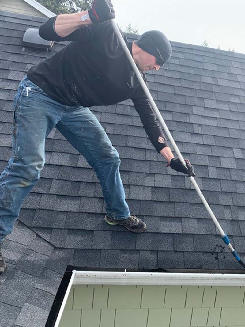 Gutter-Cleaning-Capitol-Hill-WA.jpg