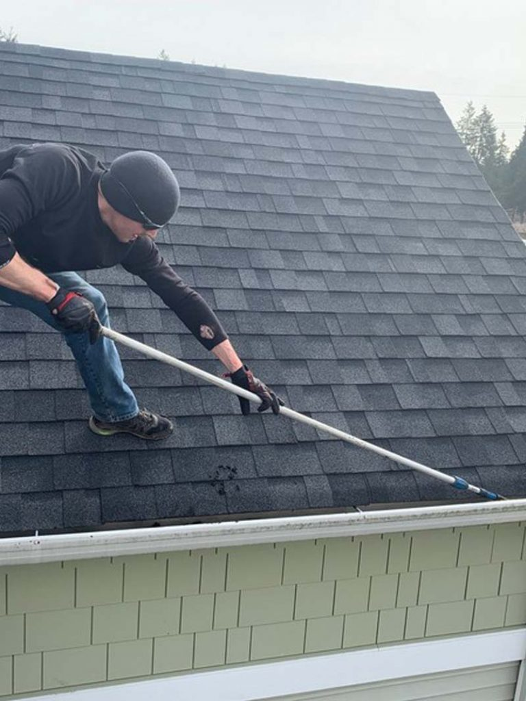Gutter-Clearing-Tigard-OR-768x1024.jpg