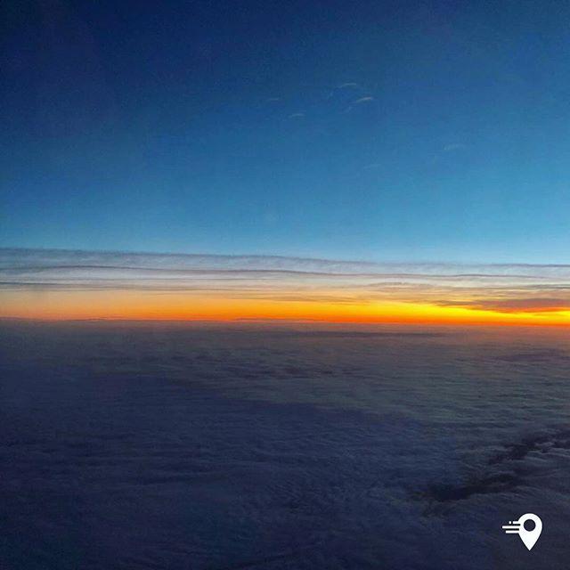 Beautiful sunrise over the Atlantic✈️ #imabouts #sunrise #travel #travelphoto #travelapp #virginatlantic #viewfrommywindow #travelphotography #goodmorning