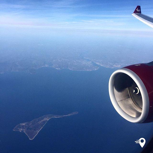 Enjoying the view 🌎 Plum Island🇺🇸 🛫London - New York 🛬 #virginatlantic #viewfrommywindow #imabouts #travelphotography #travel #lovetotravel #lovetotravel✈ #traveltheworld #atlantic #island #view #frequentflyer #frequenttraveller