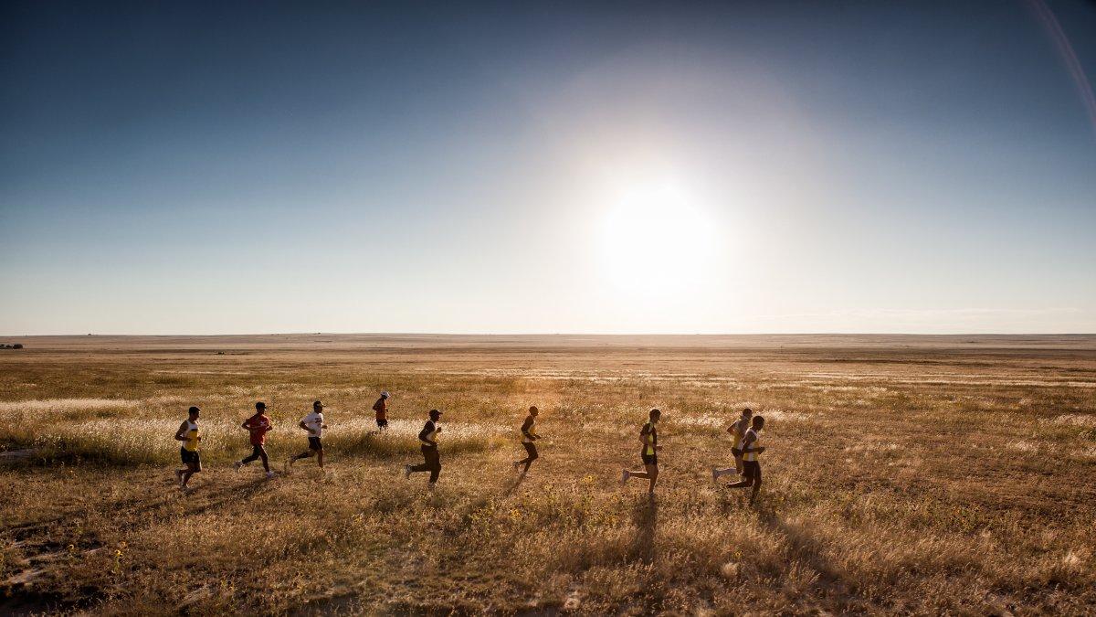 persistant hunting, hunters, running, marathon running, running injuries, triathlon running