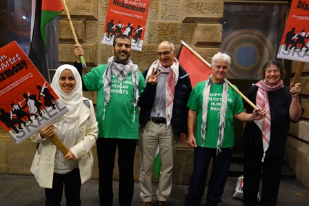 The team in action at Adelaide Town Hall. [Photos: M. Cassar, AFOPA]