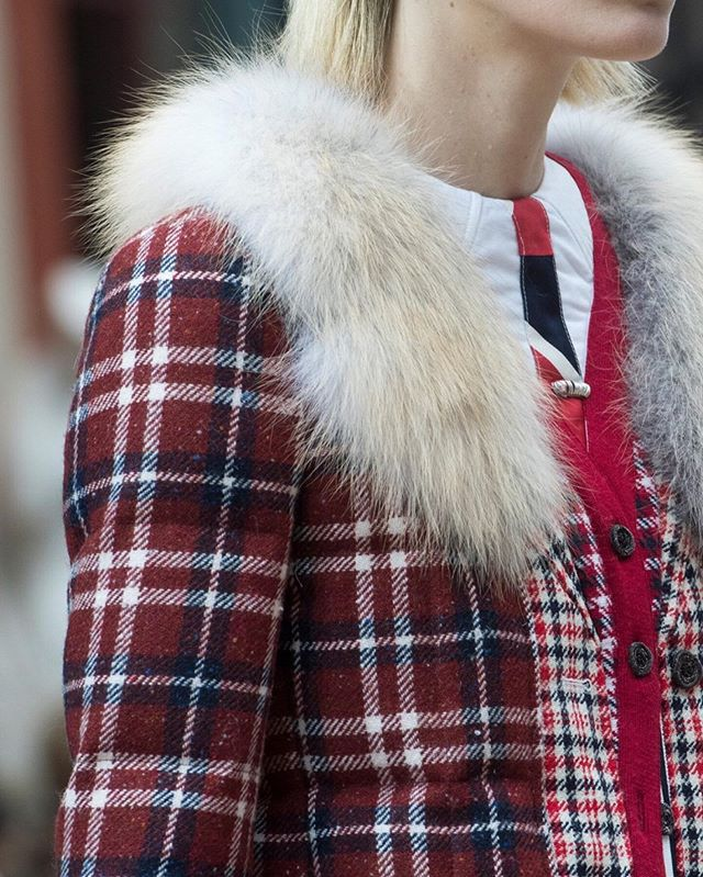 Nothing beats tartan and fur combinations ✨ @thombrowne  AW2019 ⠀⠀ #inspirational #reds #thombrowne #inspirations #outfits #colours #winterready #heritage #tweed #love #thombrowne #tartan #details #fur #furlovers