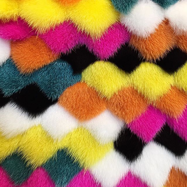 These colours would suit any British summer time evening🌟💖 we can create trims and adornments for warmer weather pieces @rebeccabradleylondonfur #work  #fun #colourpop #summerfun #summer #multicolour #beautiful #techniques #igdaily #photography #art #textures