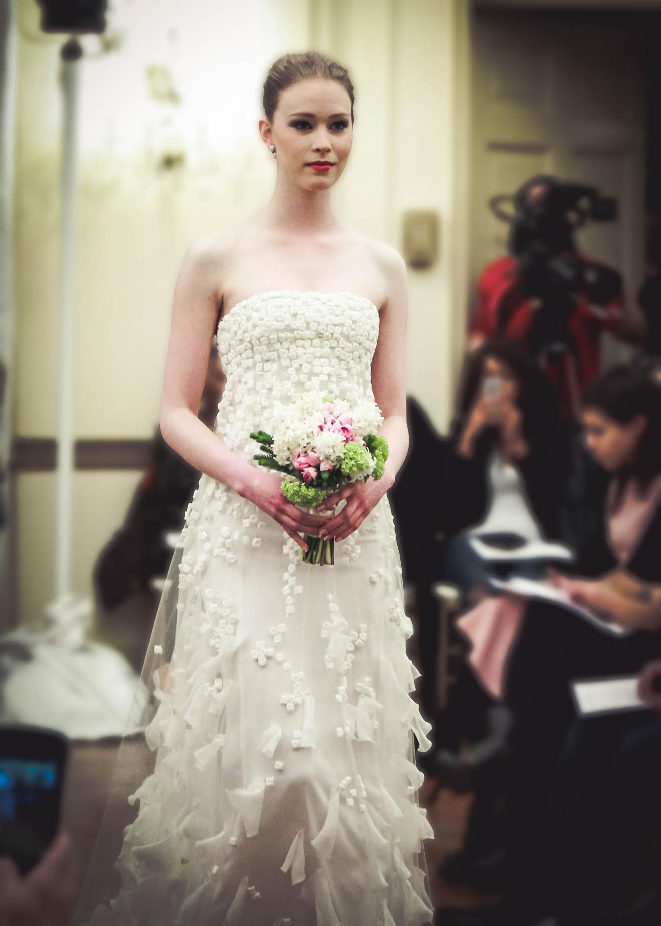 wedding+gown+ny+portraits+upper+eastside.jpg