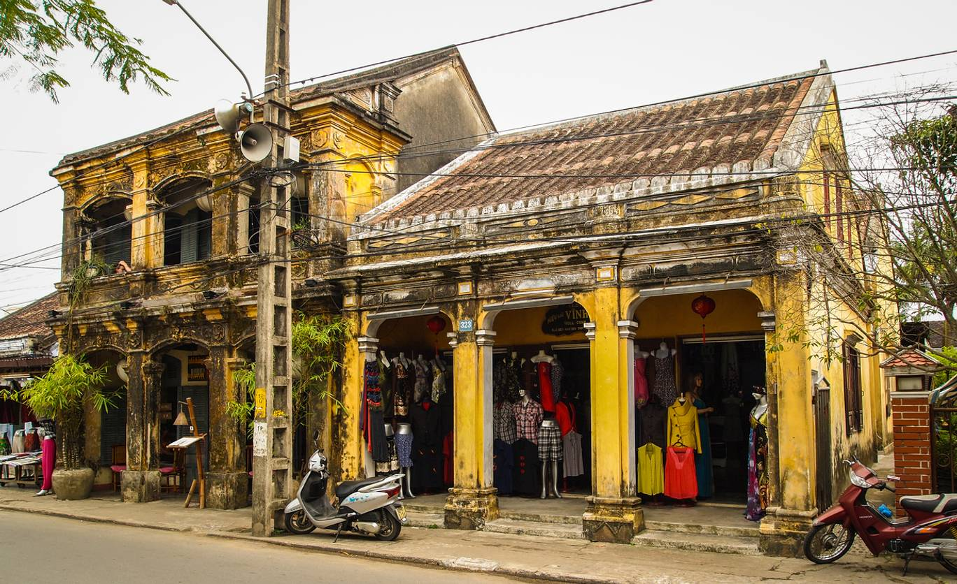 INDEPENDENT: WHY HOI AN IS THE ULTIMATE SHOPPING DESTINATION FOR PERFECTLY TAILORED CLOTHES