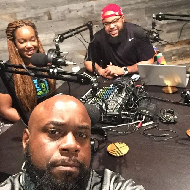 Looooong daaaaay but this episode of  @phonewalletkeys_  with  @called2connect  and  @iamlightskinjoe  is a popping one. Peep the special guest tomorrow. 💁🏾♂️  #solefoodback
