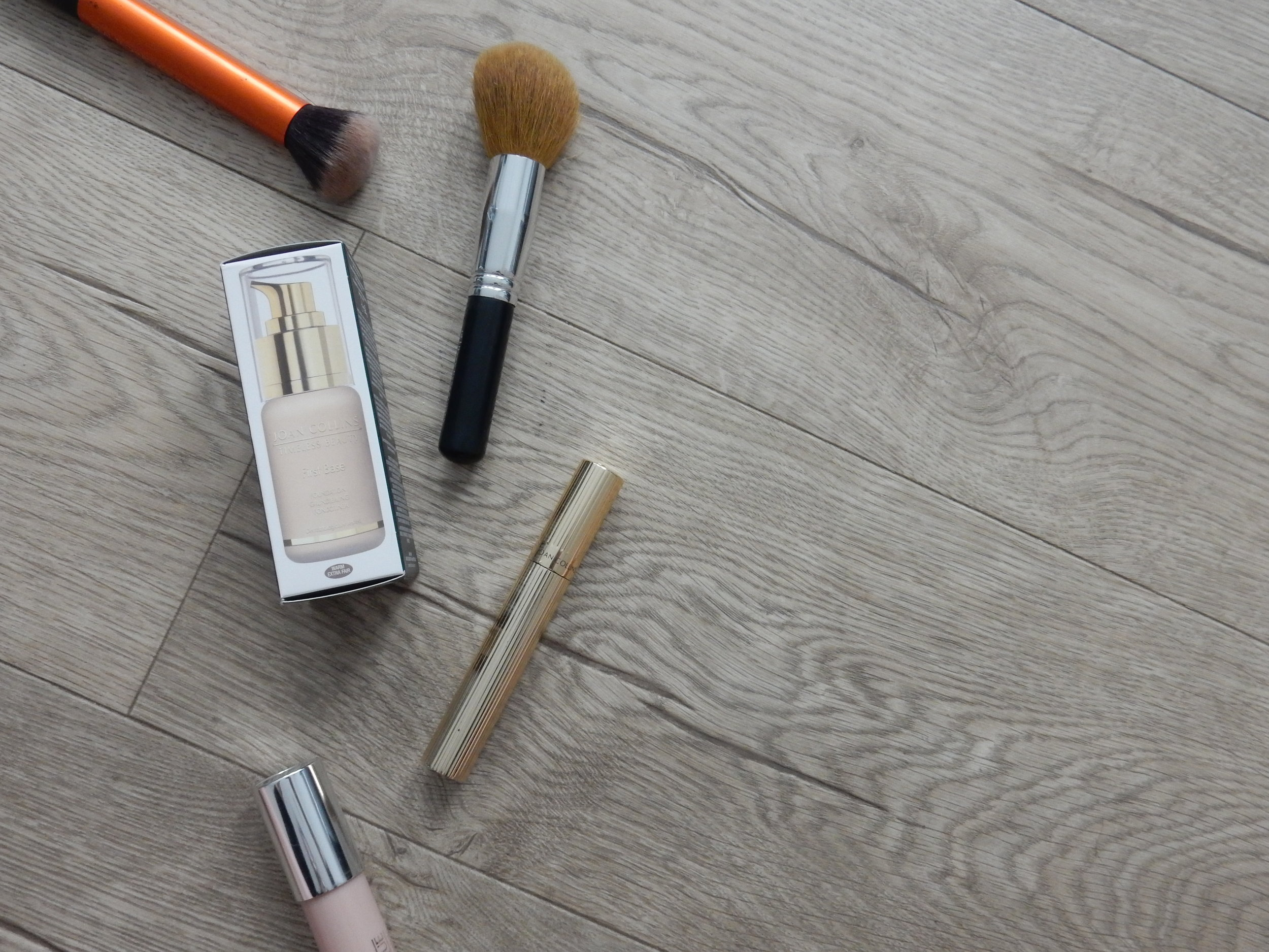 beauty blogger joan collins first base foundation review
