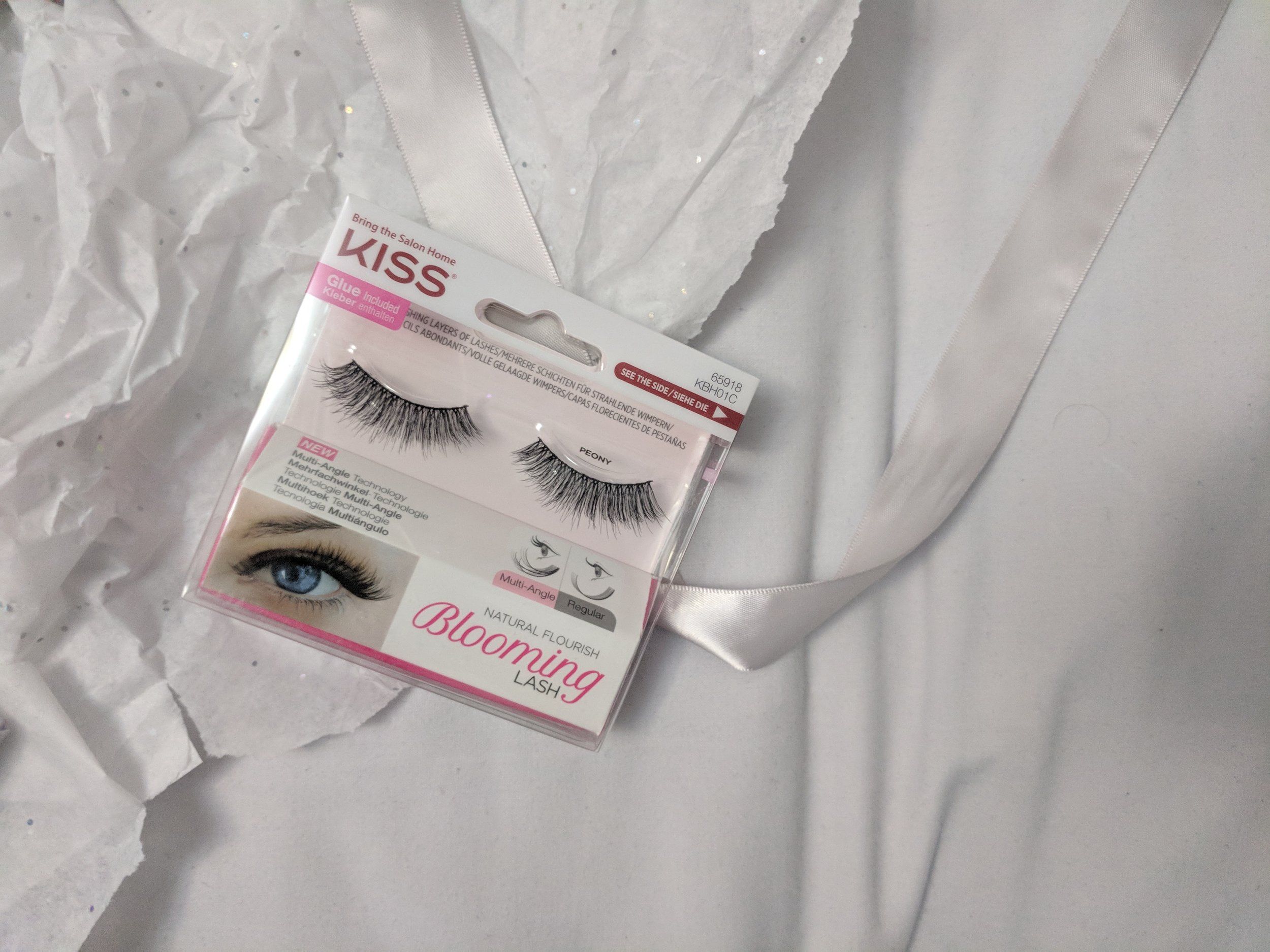 Beauty Blogger Picks KISS Lashes For New Years Eve Peony