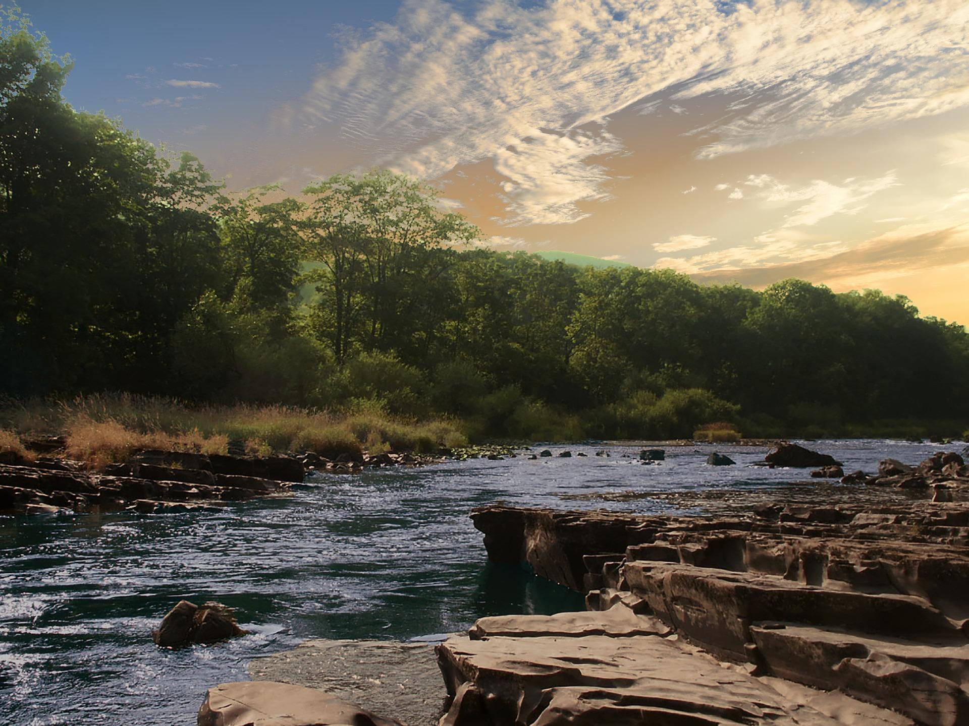 river-2077489_1920.jpg