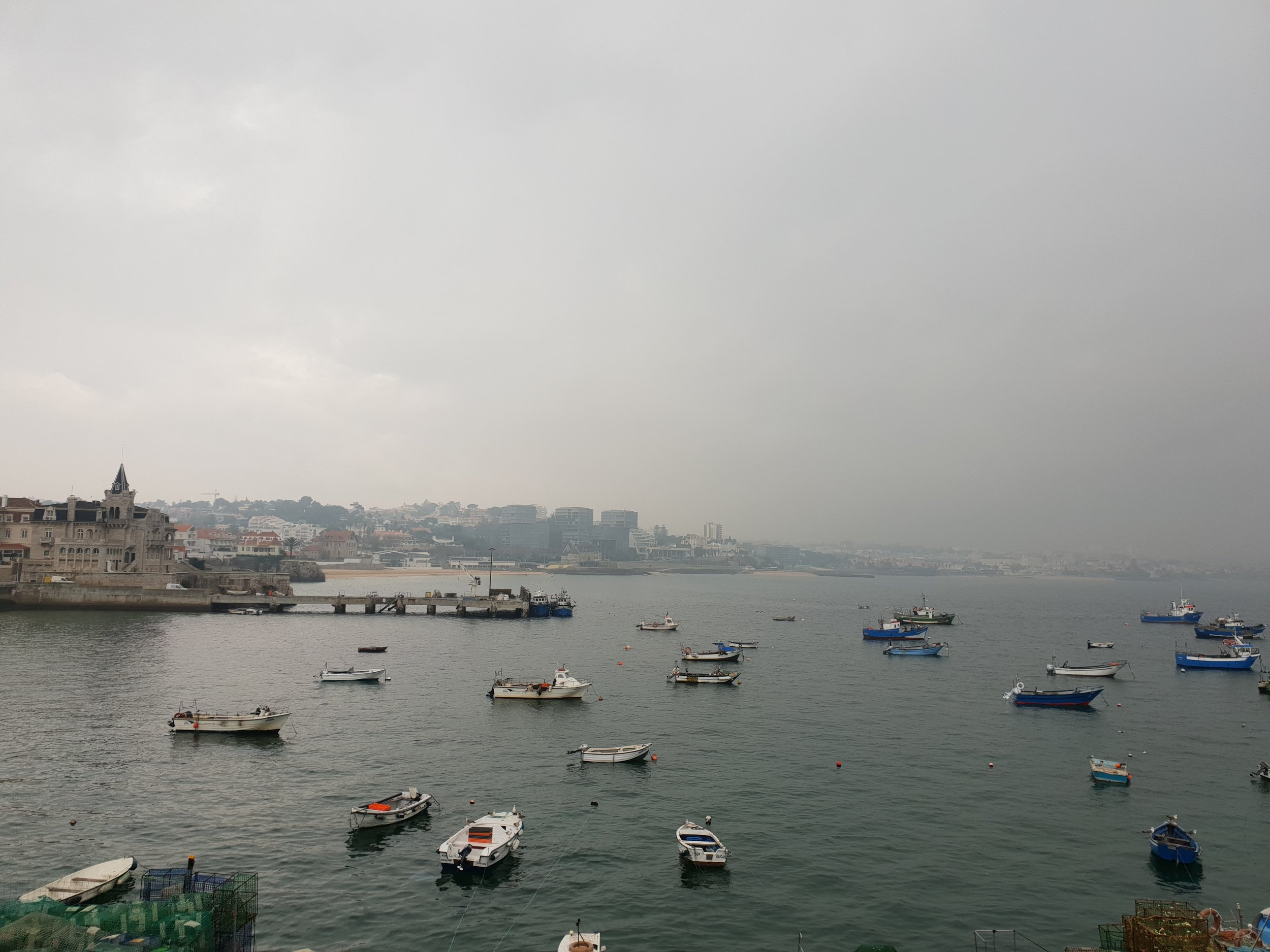 travel blogger explores cascais portugual