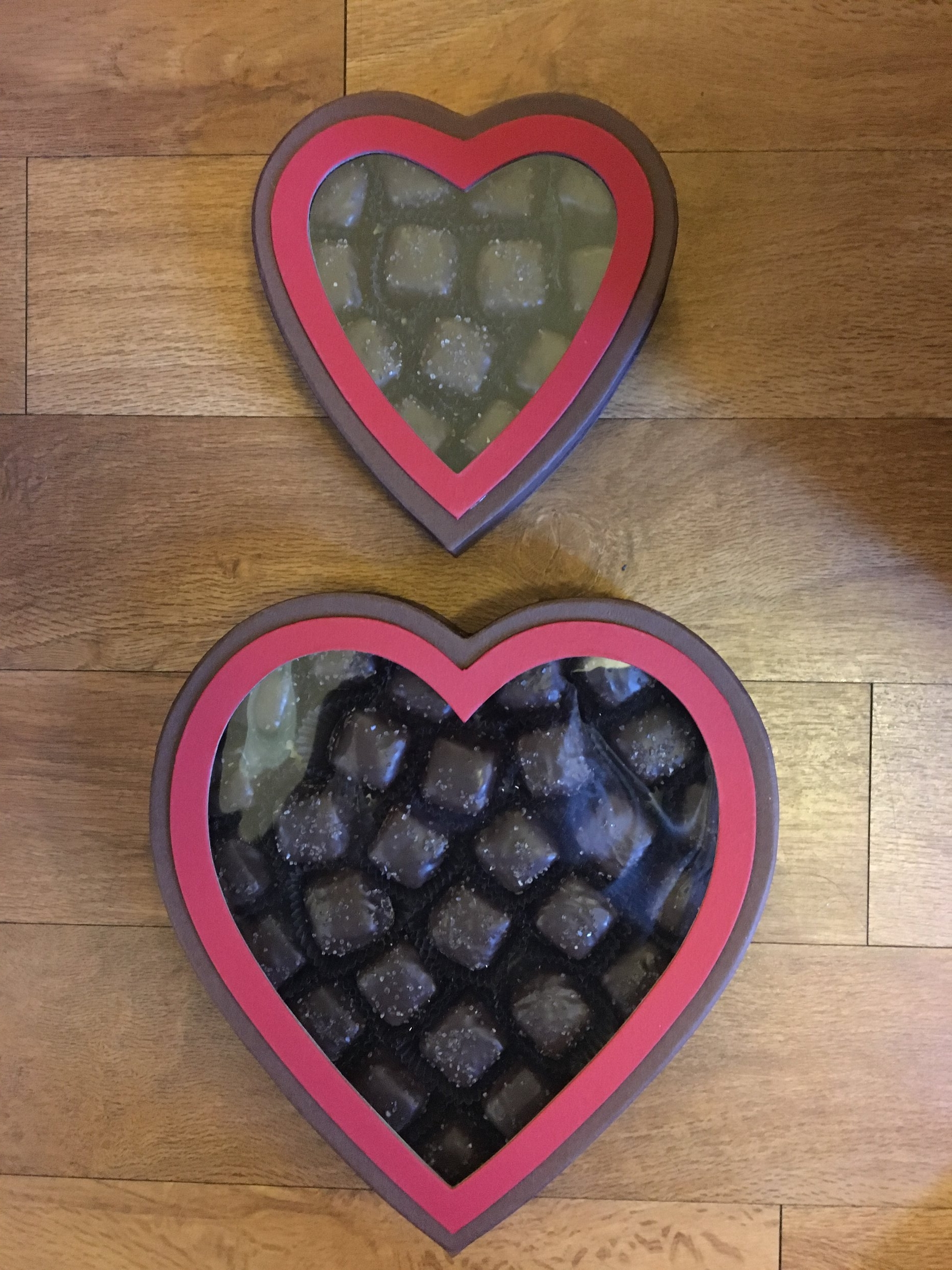 Clear Window Heart Box  1 lb. box - $5.95 1/2 lb. box - $4.75  (Does not include candy)
