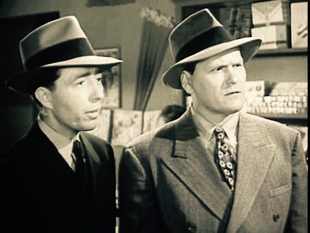 Warren Hymer (right) with Lester Dorr in  So's Your Aunt Emma  (1942)