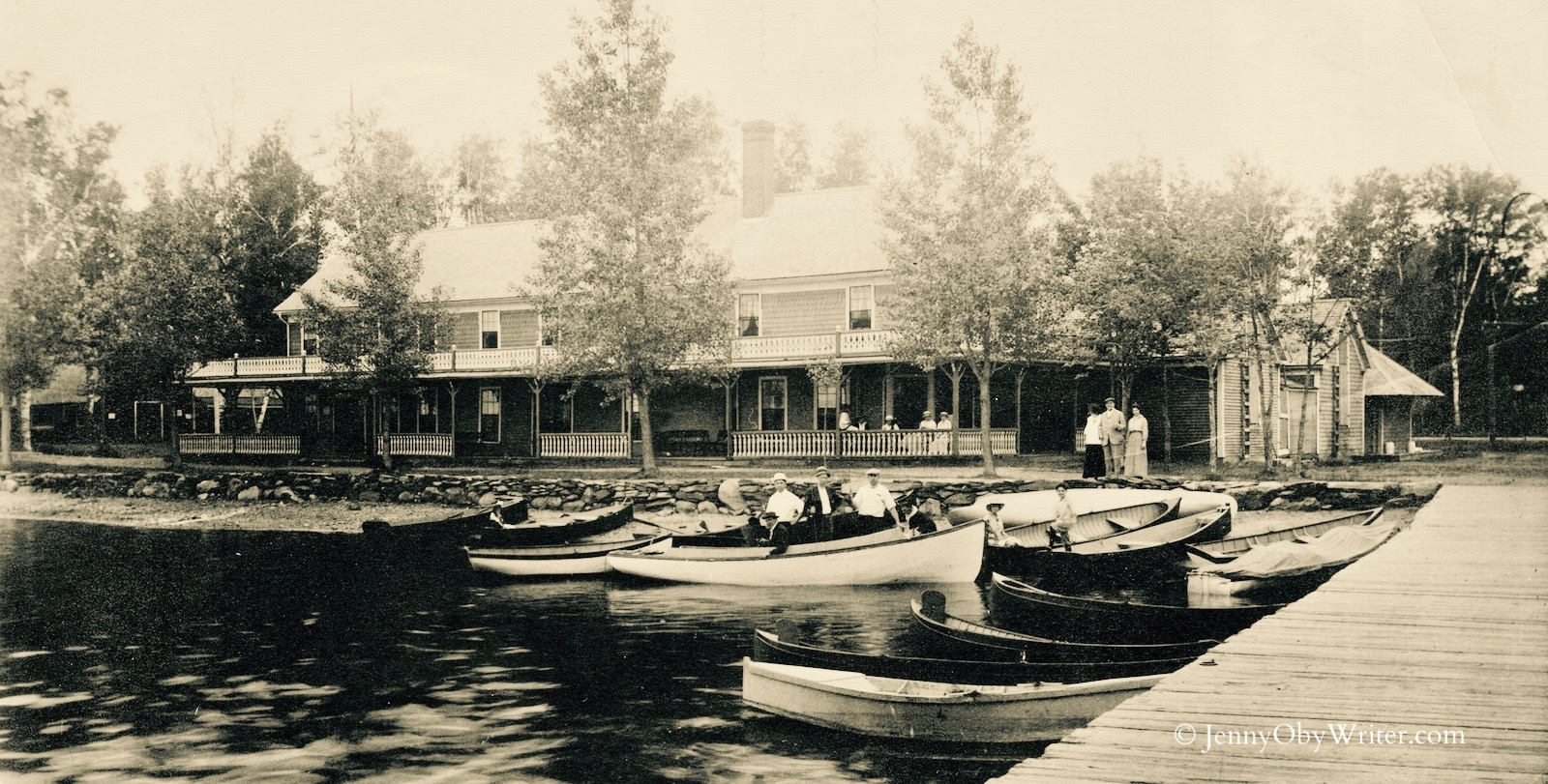 """The old Lakewood Hotel, built by the Somerset Traction Company in 1895. It was razed in 1922 to make way for the """"bungalows"""" that Herbert Swett was building around the grove."""