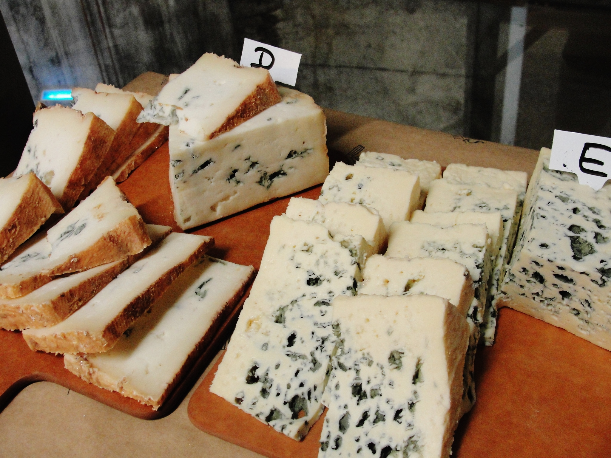 Vertical Tasting of Bayley Hazen Blue