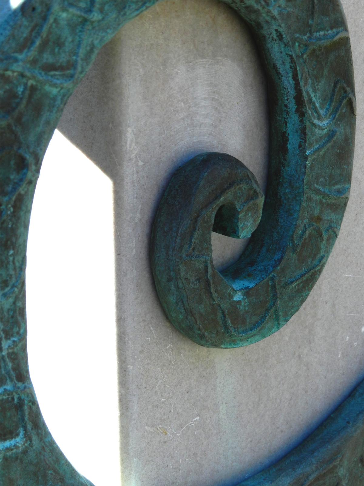 Bipolar Hydra detail 03.jpg