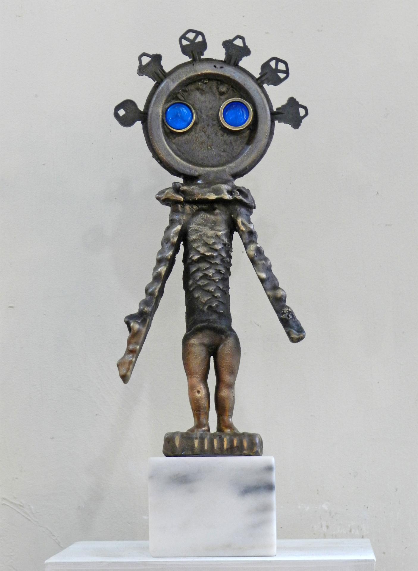 Blue Eyed Keychina