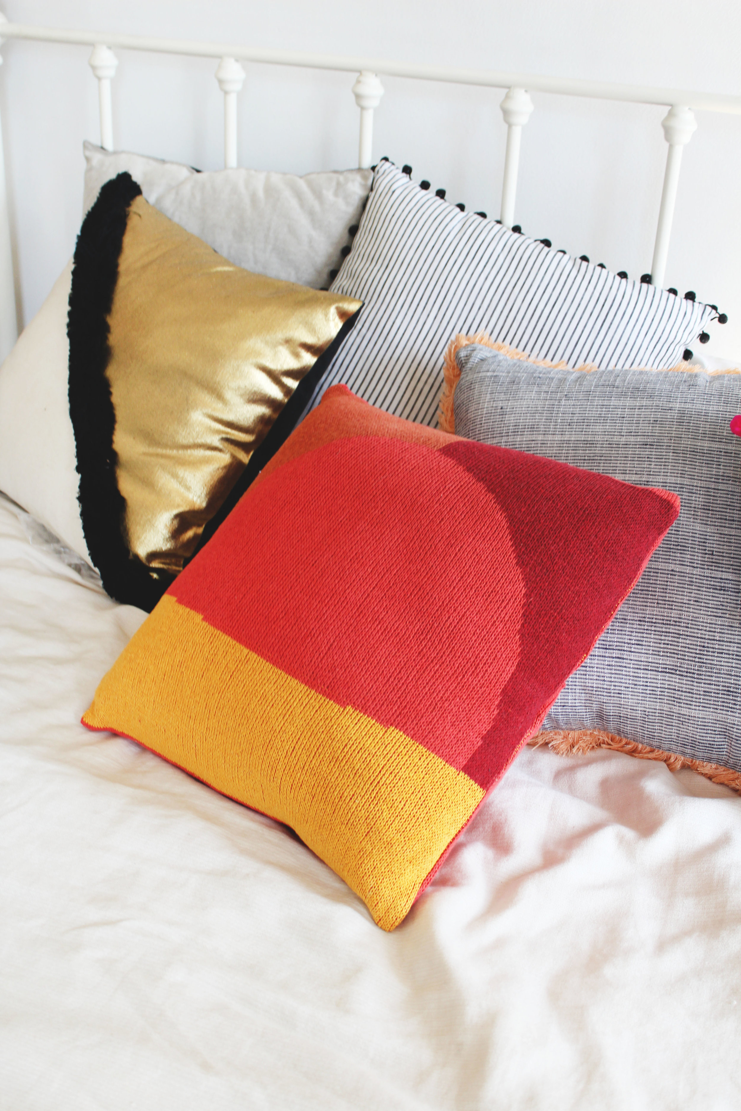 Sunrise knit Pillow by Calhoun & CO.