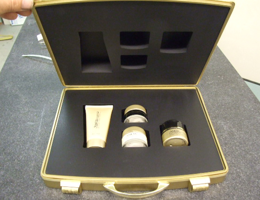Cosmetics case prop