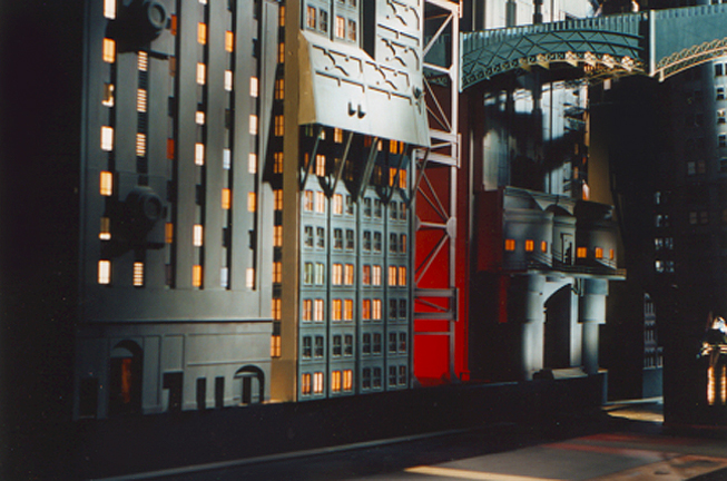 Miniature gotham model for lube joint commercial
