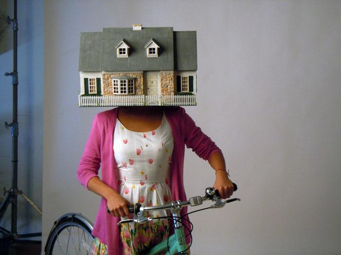 Miniature house mask