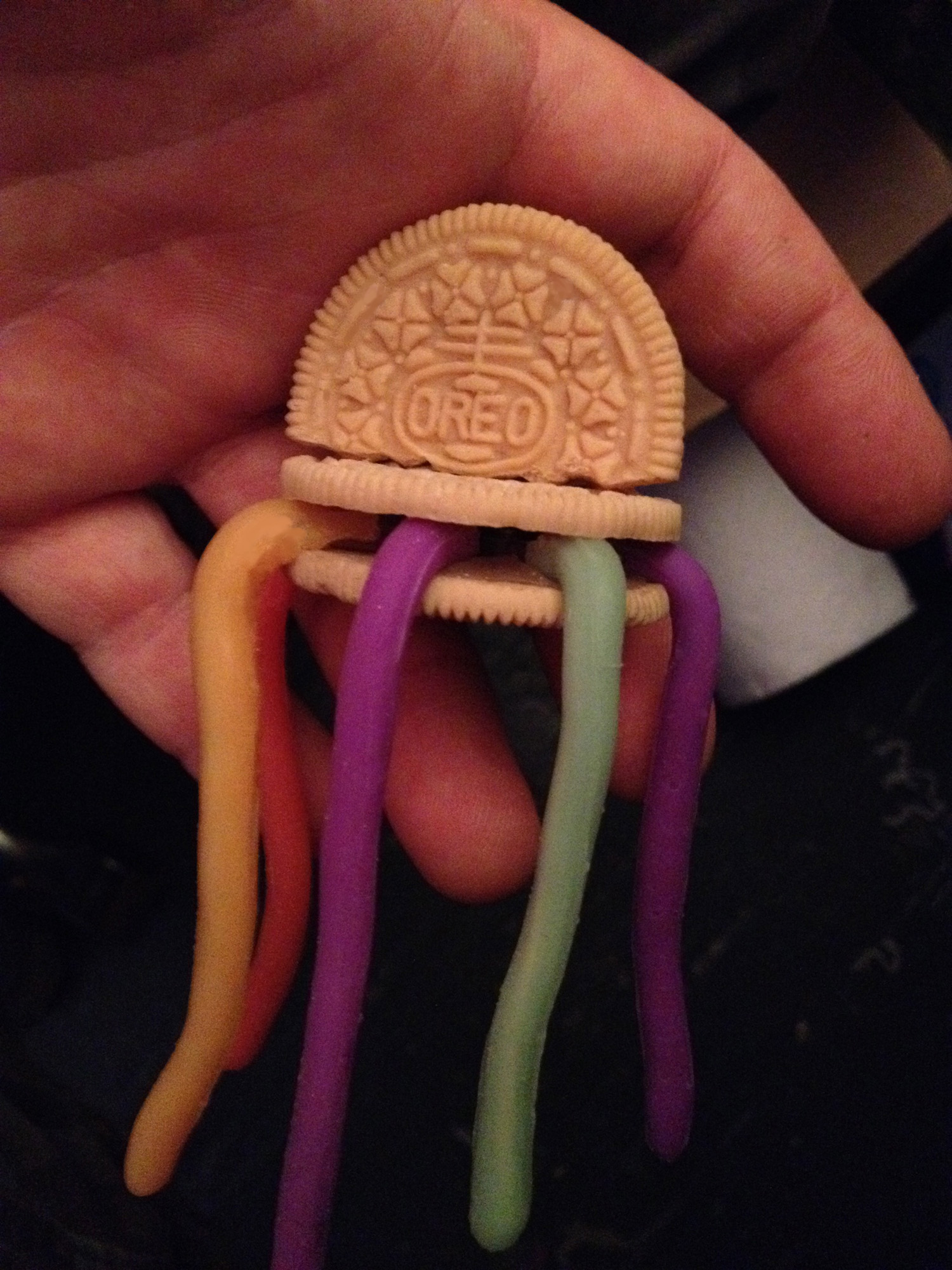 animation model cookie with gummy worms