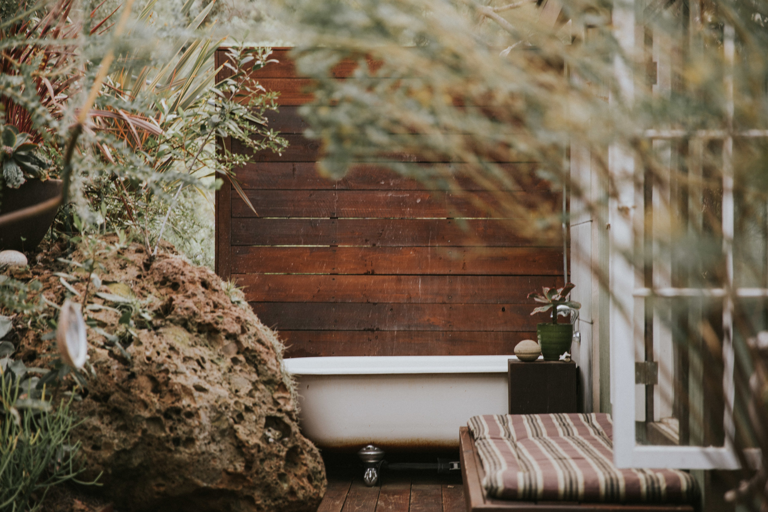 Bohemian Outdoor Tub in Malibu