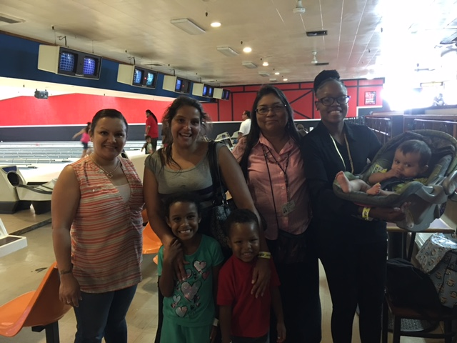 bowling - moms and children - 1.jpg
