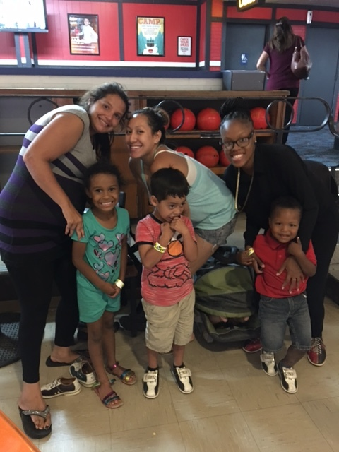 bowling - moms and children - 3.jpg