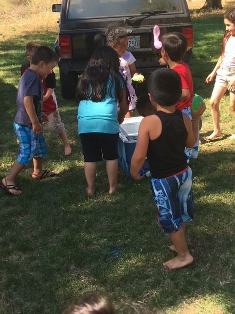 BirthdayParty-CraftonPark - kids with water balloons - 2.jpg