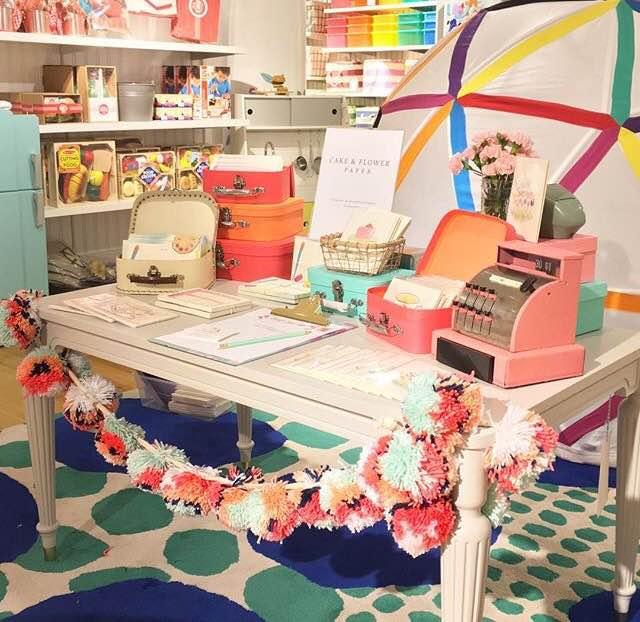 Cake & Flower Paper event