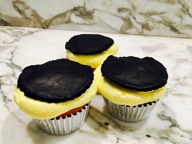 Eclipse Cupcakes