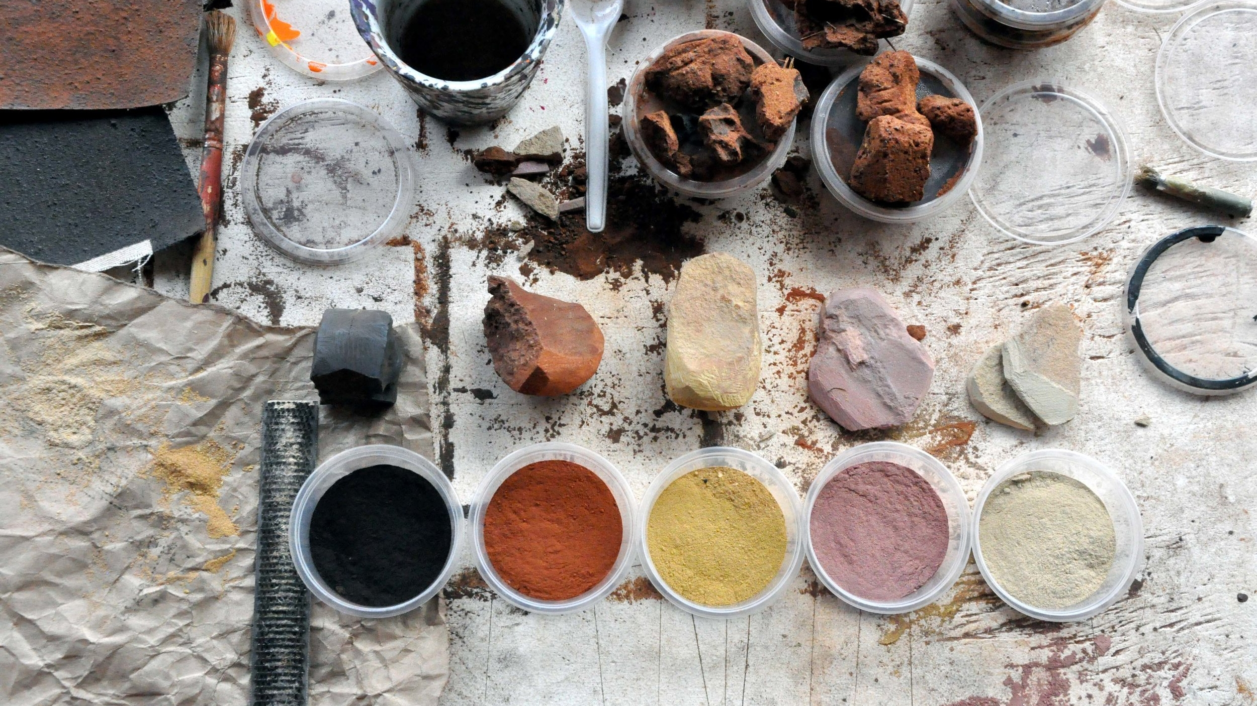 Pigments from the Tanami Desert.JPG