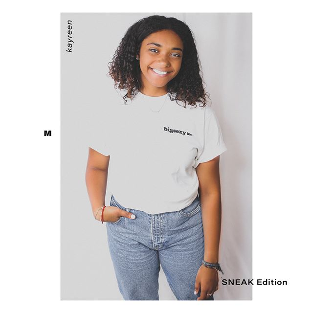 Smile it's Sunday.  Size: M Available in S-3XL  Artist: @sneak_ecloud Model: @reeeeniebean  shop TODAY online Link in bio . . .  #bigsexyinc #bigsexy #youdeservetofeelsexy #issexy #unisex #artistedition #igstore #instastore #instafashion #normcore #streetwear #urban #urbanfashion #style #allamerican #apparel #bigsexyapparel #clothingstore #levis #plainwhitetee #summerstyle #ootd #ootdfashion #bodypositive #bopofashion #femaleempowerment #fashionista