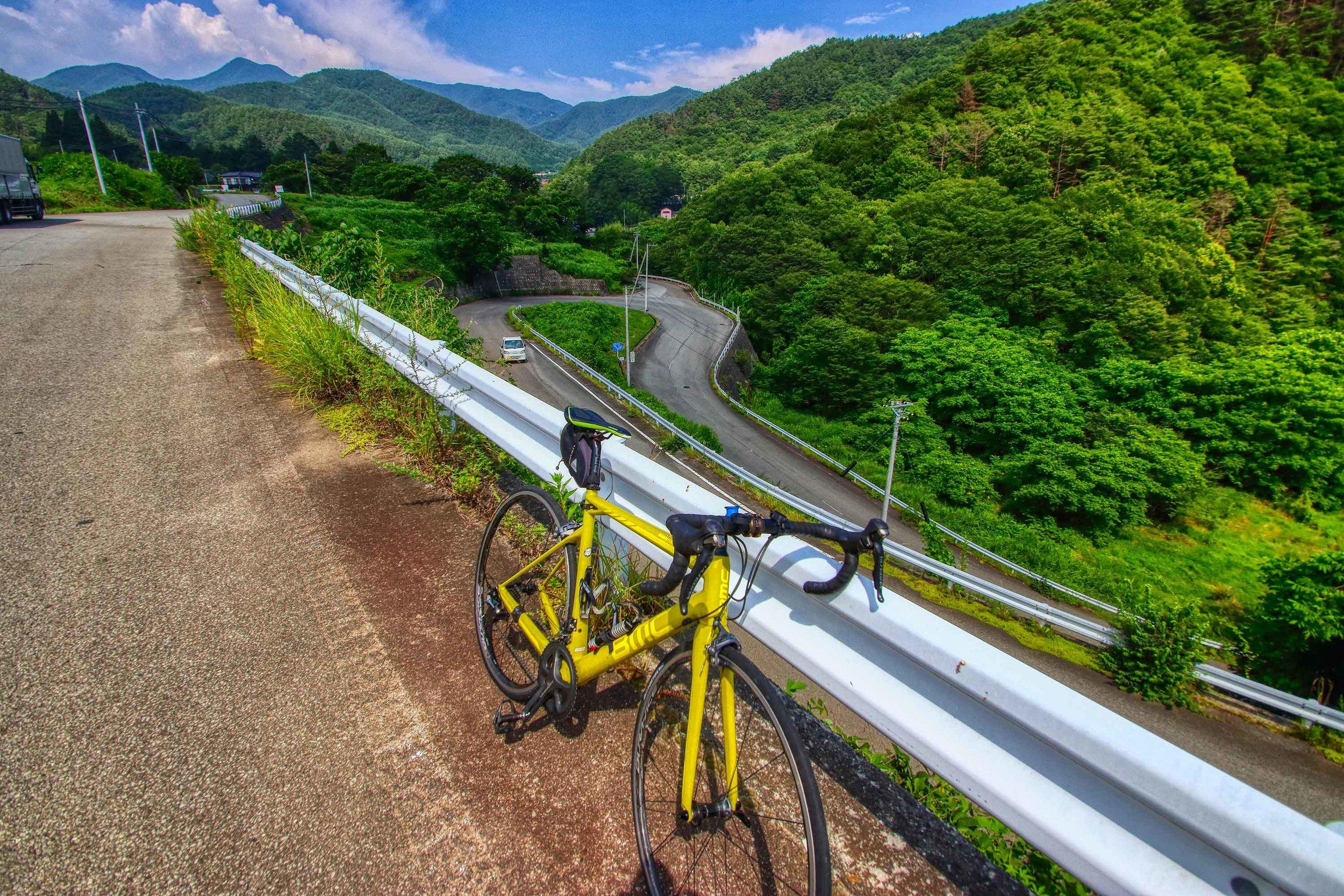 Descending from Yatsugatake