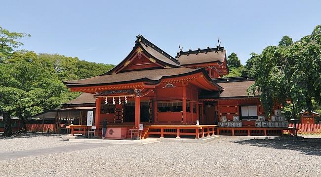 Sengen Shrine, KawaguchiKo at the base of Mt Fuji