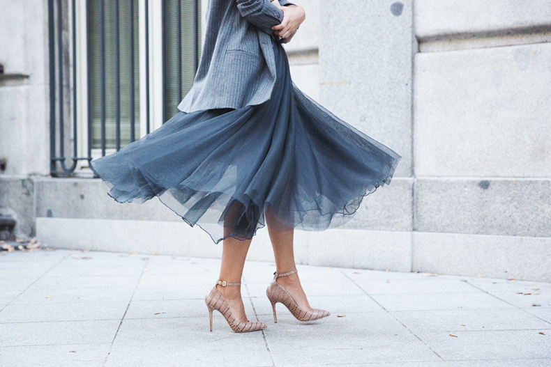 tulle_skirt-twinset-striped_blazer-outfit-street_style-collage_vintage-76.jpg