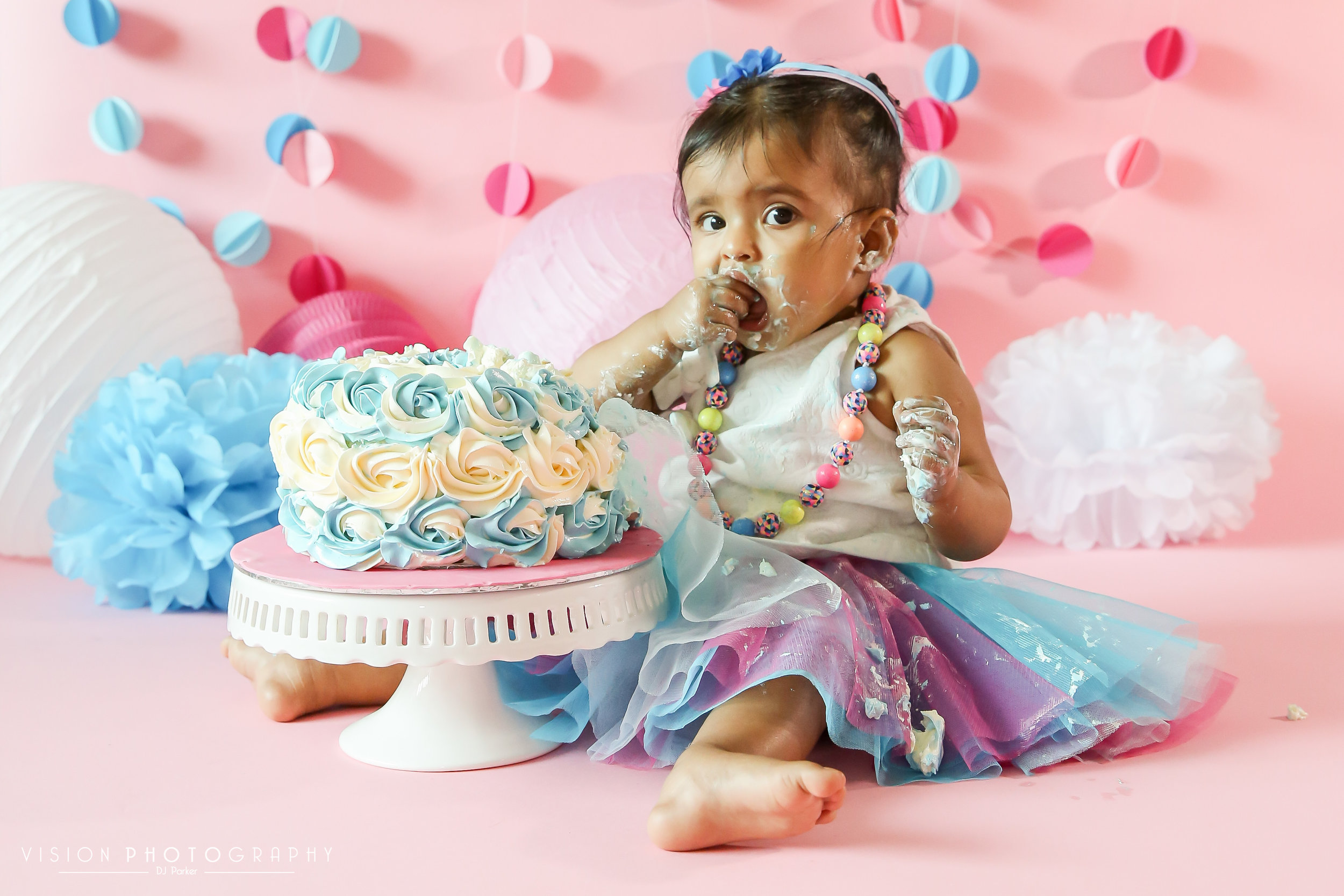 "Copy of <strong>Vedika Cake Smash</strong><a href=""/vedika-cake-smash-portfolio"">View Gallery »<a>"