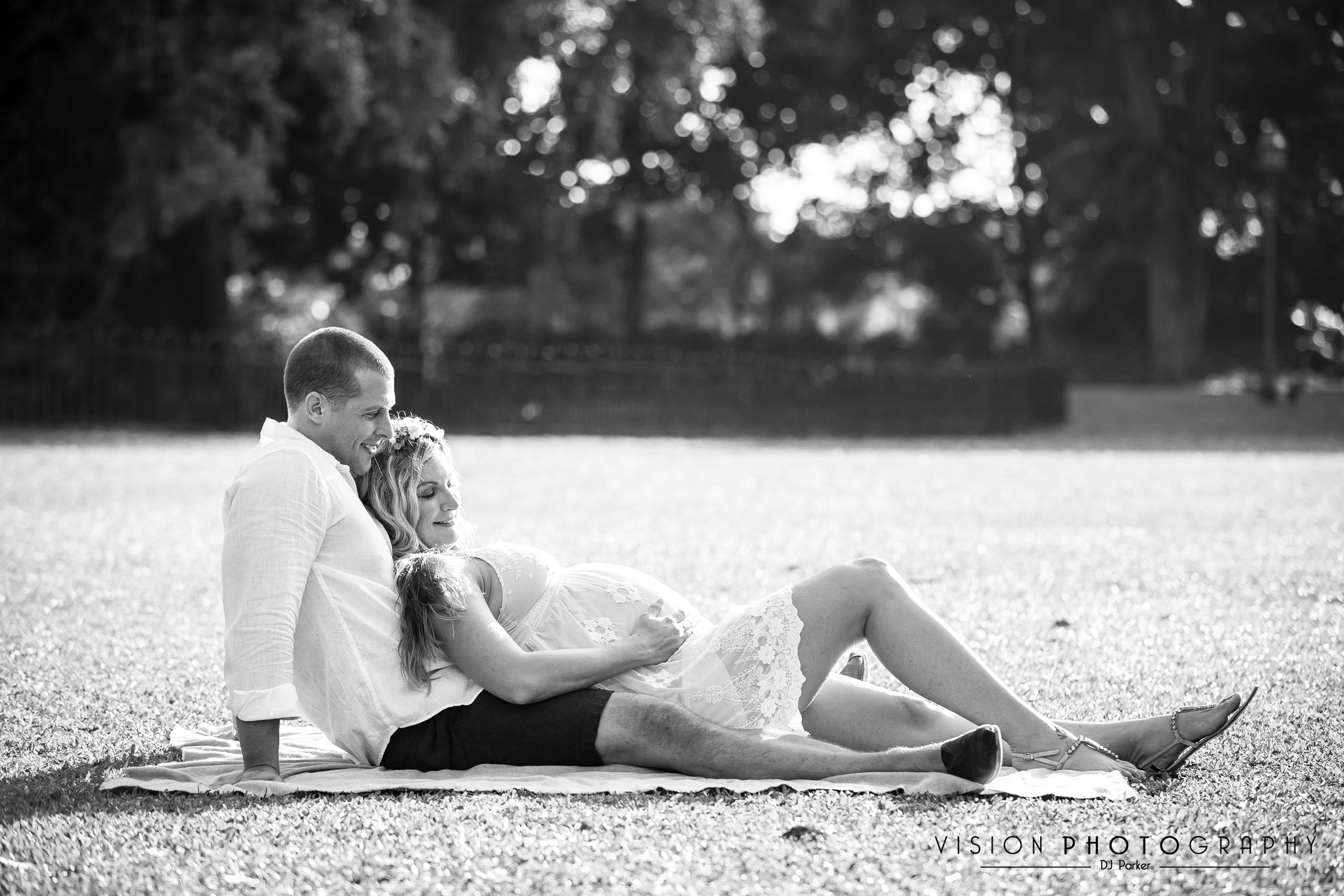Outdoor maternity black and white