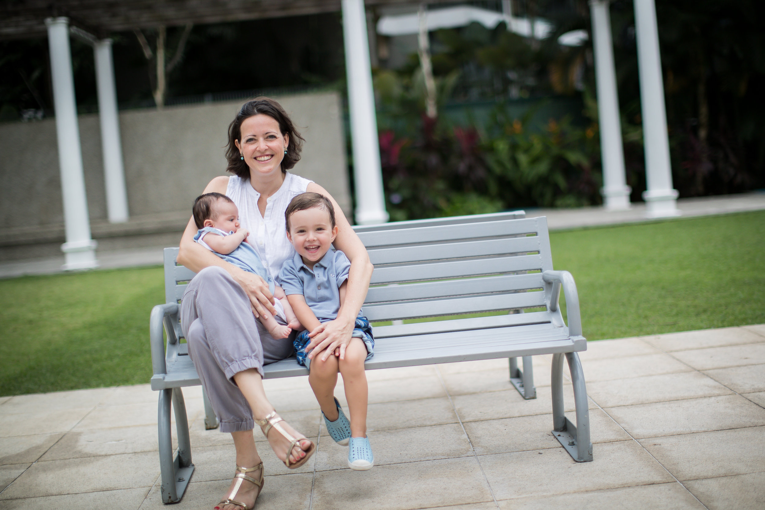 Singapore Family photographer home visit Vision Photography Daniel Parker