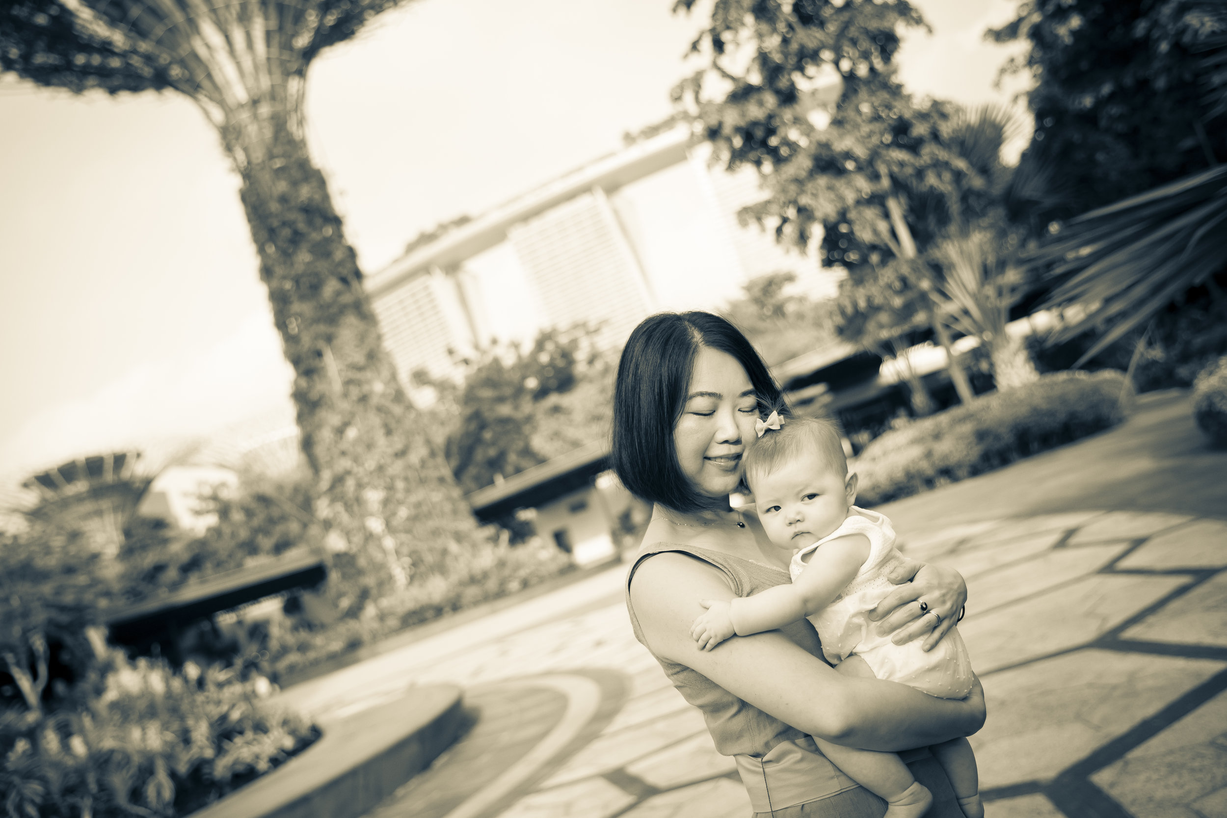 Family Photographer Super Trees GBTB Singapore Vision Photography