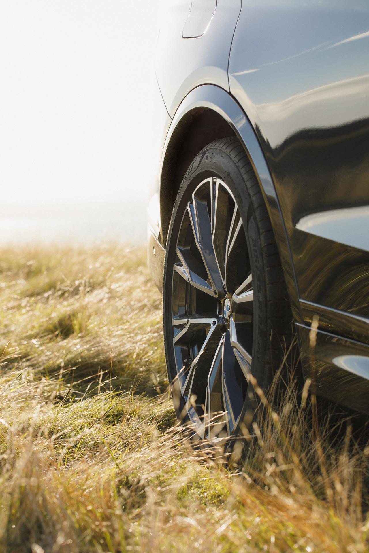 BMW_X7_1.3_S2_8110.jpg