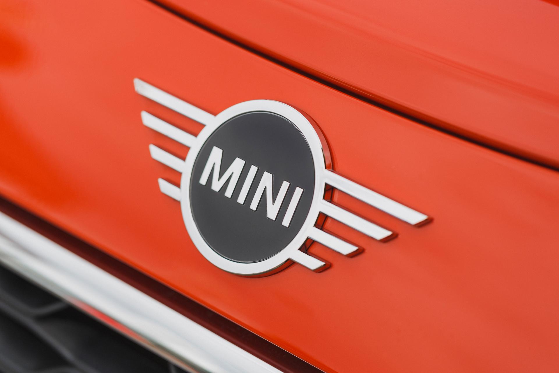 MINI 3-Door Hatch_1.3_S3_7020.jpg